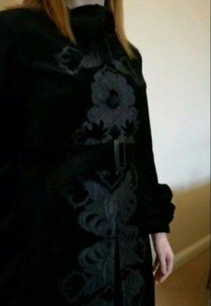 MNG Mango - Exclusive Edition - Black Gothic Velvet Coat Gr. L (M)