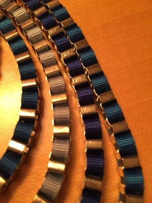 Collier blu