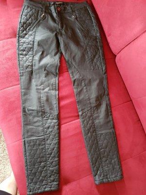 Lara Woman Pantalón de tubo negro Licra