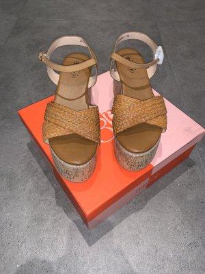 Moderne Wedges Keilsandaletten High Heel von Mia&Joe Gr 40 cognac