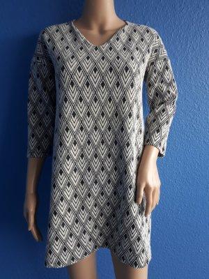 Modernes Kleid von MANGO (Nr.27(2))
