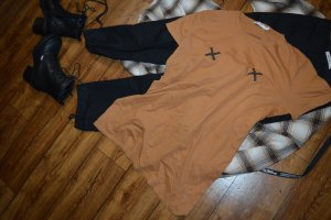 Modernes Long T-Shirt Gr. 40 von Nakd
