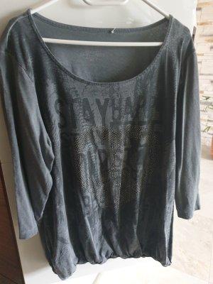 Modernes Shirt mit Nieten Gr48/50