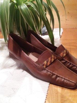 Modische Schuhe in braun, Gr. 38