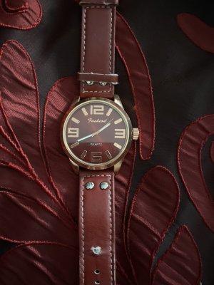 Horloge met lederen riempje bordeaux