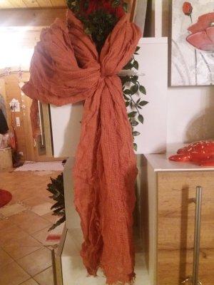 Gina Benotti Szydełkowany szalik ciemny pomarańcz