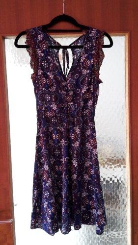 Mötivi Kleid Gr. 34