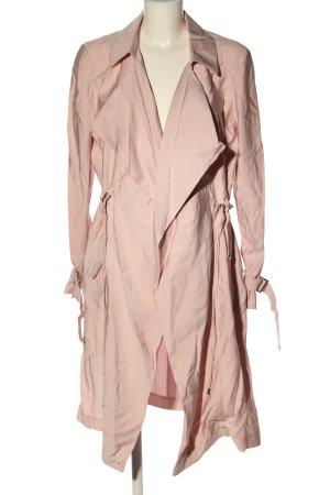 Mohito Abrigo ancho rosa look casual