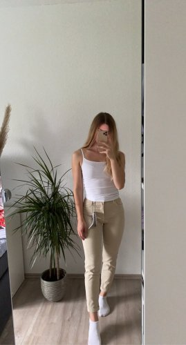 Mom-Jeans beige