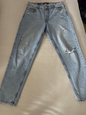 MOM Jeans Größe 40