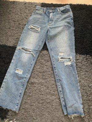Mom Jeans Missyempire