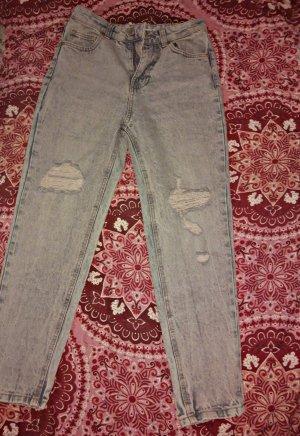 mom jeans mit risse