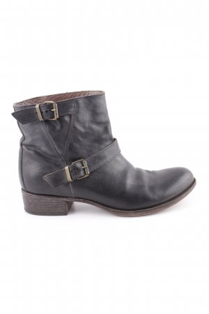 Moma Short Boots brown casual look