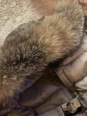 Moncler Płaszcz puchowy ciemnozielony Tkanina z mieszanych włókien