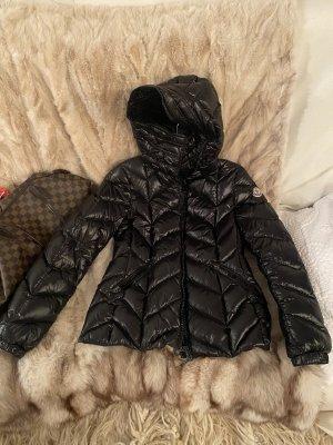 Moncler Jacke schwarz Gr. 2