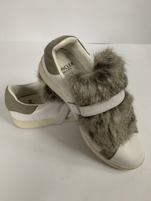 Moncler sneakers with fur RPR 535€, 36