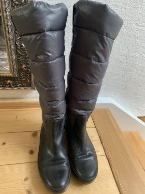 Moncler Winter Boots grey
