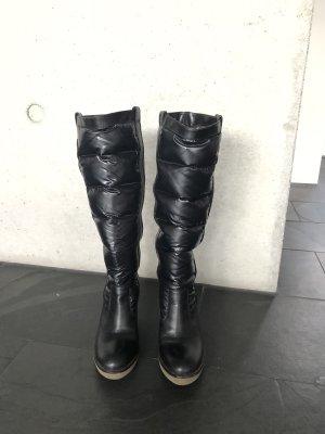 Moncler Platform Boots black