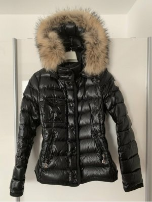 Moncler Winterjacke Daunen Größe 2, schwarz