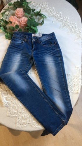 Monday tolle Stretch Jeans Gr 34 skinny