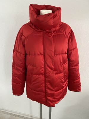 Monki Gefüttert rote Jacke Satin Optik S/M Steppjacke