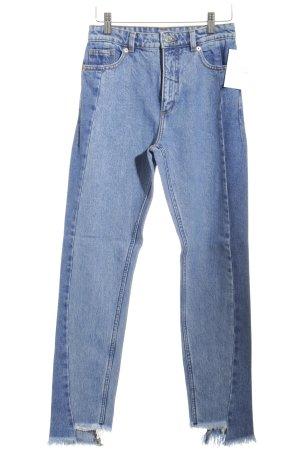 Monki High Waist Jeans blau-hellblau Street-Fashion-Look