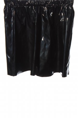 Monki Minirock schwarz Glanz-Optik