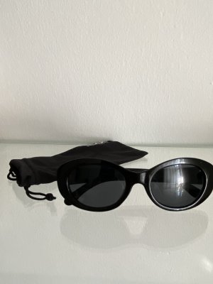 Monki Oval Sunglasses black