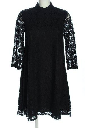 Monki Spitzenkleid schwarz Blumenmuster Elegant