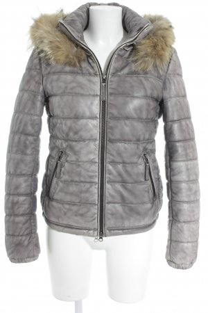 Montgomery Winterjacke anthrazit-hellgrau Street-Fashion-Look