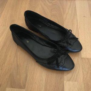 More & More Ballerinas