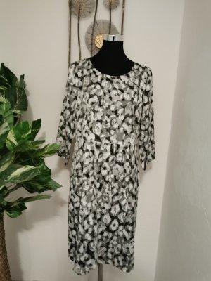 More & More Damen Langarm Kleid Satinkleid Etuikleid grau Größe 42