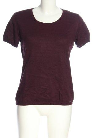 More & More Camisa tejida rojo look casual
