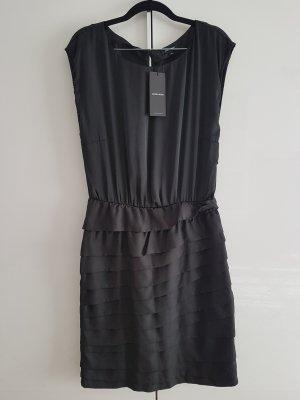 More & More Sukienka z falbanami czarny