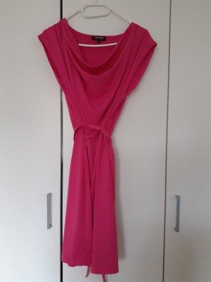 Morgan Sukienka ze stretchu różowy