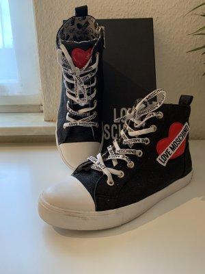 Moschino Sneaker schwarz, neuwertig, Gr. 38
