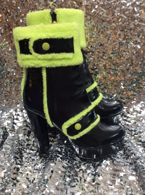Moschino Winter Booties black leather