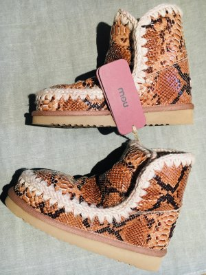 MOU Boots Snake