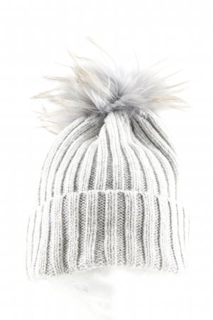 Mountain Force Bobble Hat light grey cable stitch casual look