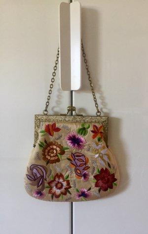 Moyna New York gestickte Blumen Clutch/ Handtasche/ Abendtasche. Neu.