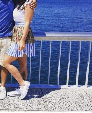 Mucho Gusto High Waist Skirt white-blue