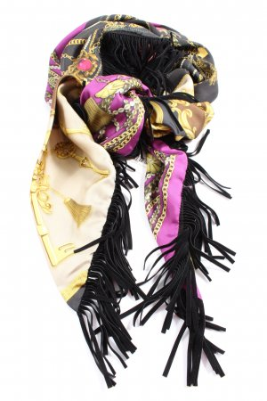 Mucho Gusto Fringed Scarf allover print casual look