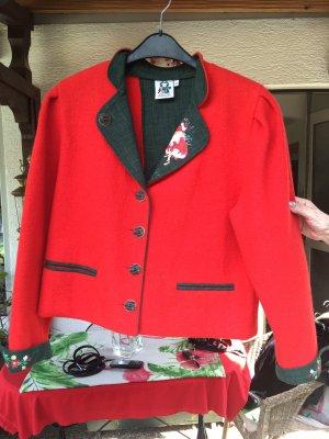 Tradycyjna kurtka czerwony