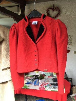 Tradycyjna kurtka głęboka czerwień