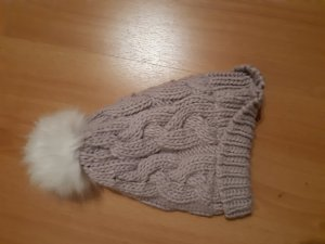 Page one Young Fur Hat mauve