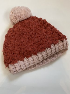 Bershka Knitted Hat raspberry-red-pink