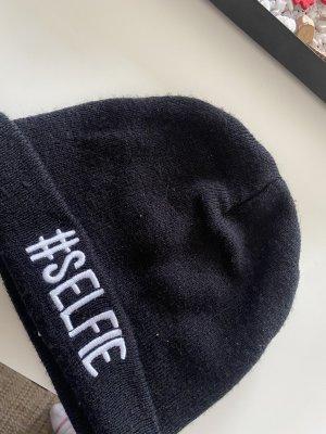 Cappello in tessuto nero-bianco