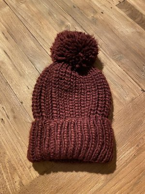 Cappello a maglia bordeaux-carminio