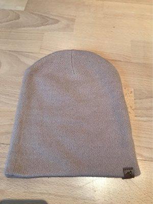 Cappello in tessuto color oro rosa