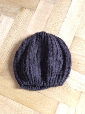 Szydełkowana czapka ciemnobrązowy